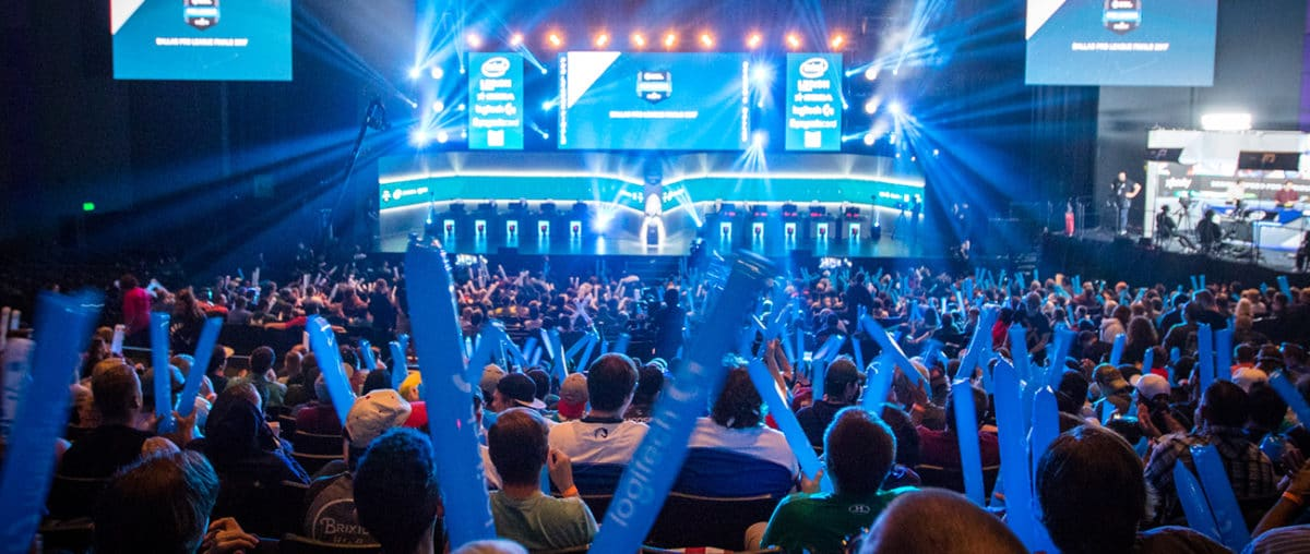 A picture of CS: GO espor event audience cheering