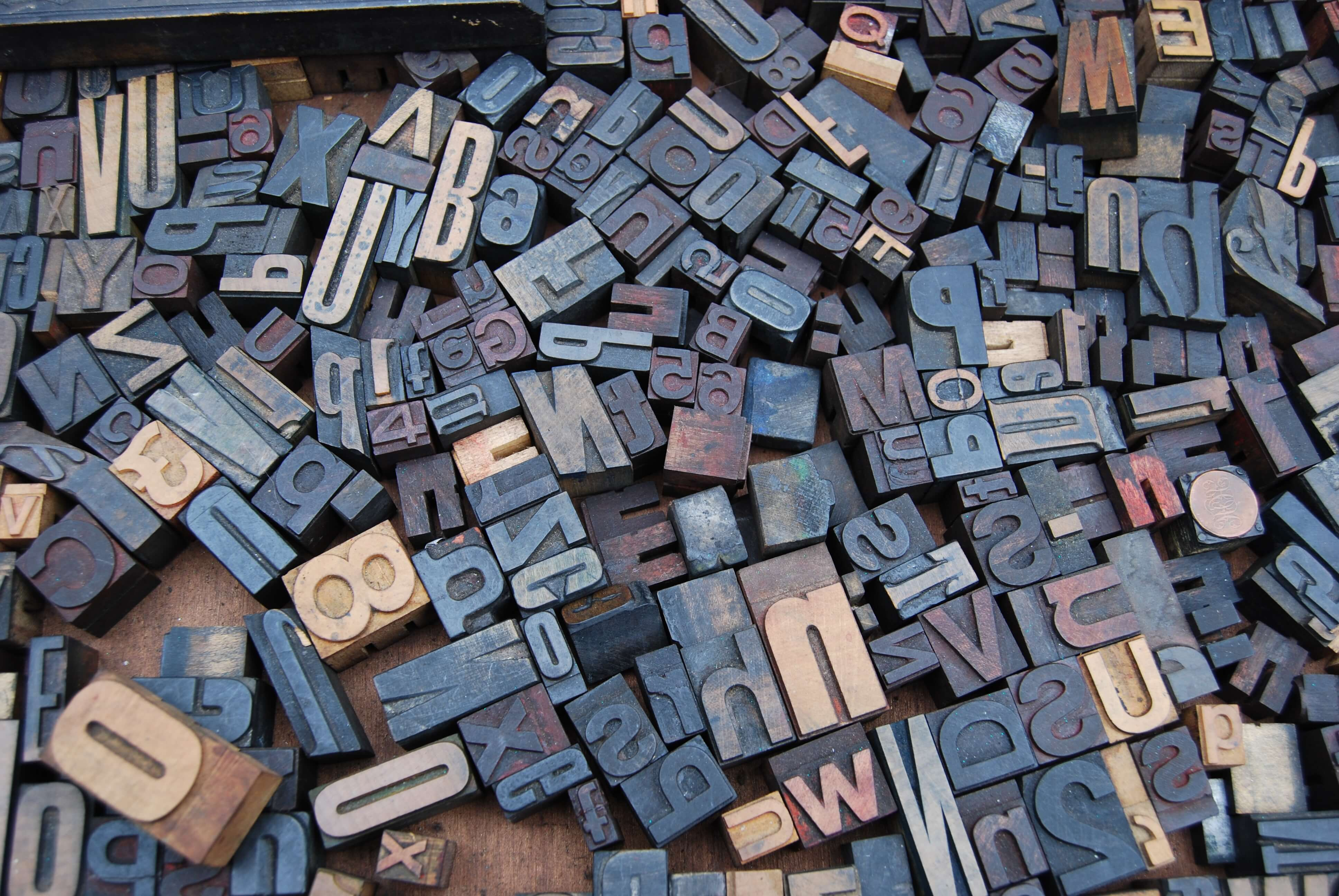 wooden font blocks